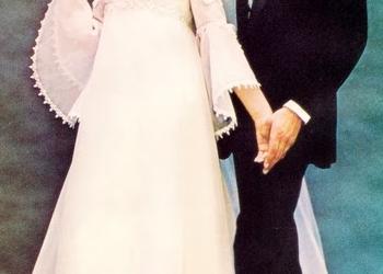 Bröllopsklänningen – Då & Nu