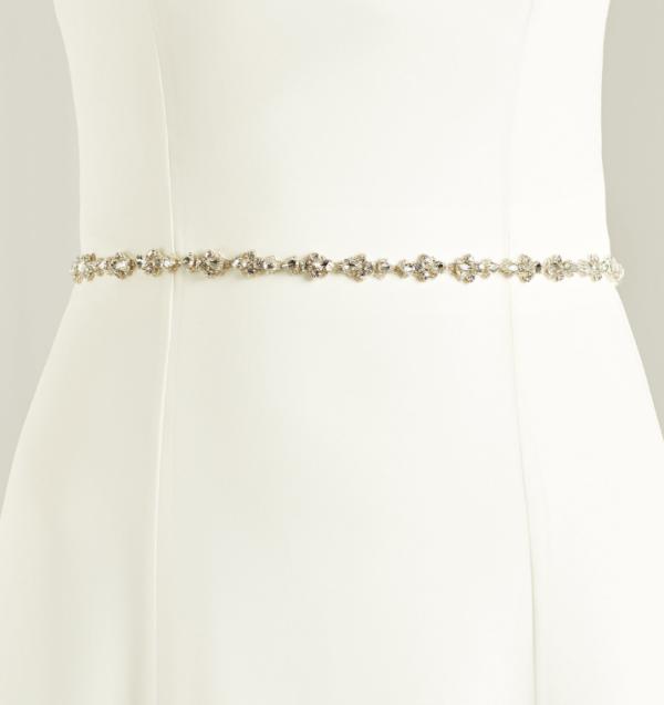 midjeband brudklänning